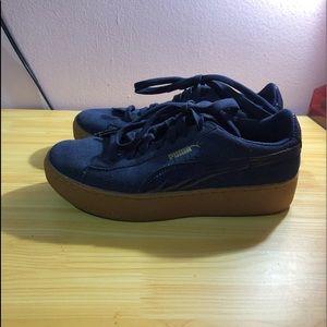 Puma Shoes - PUMA Vikky Platform Women s Suede Shoes 1ea63ddf6
